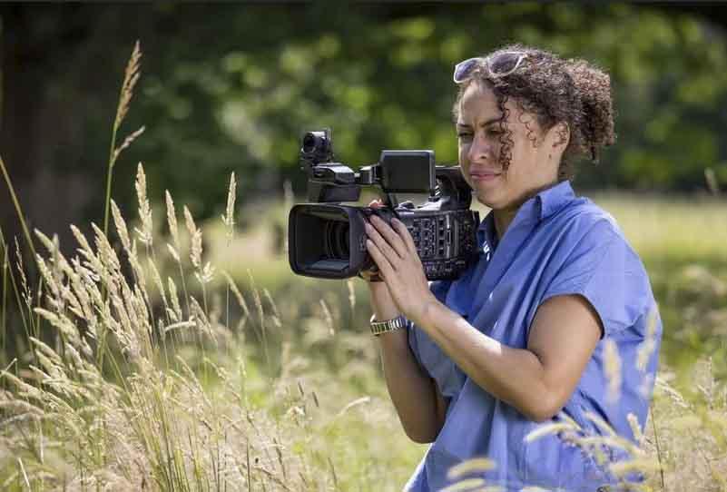 photoinfo.org Canon XF605 2